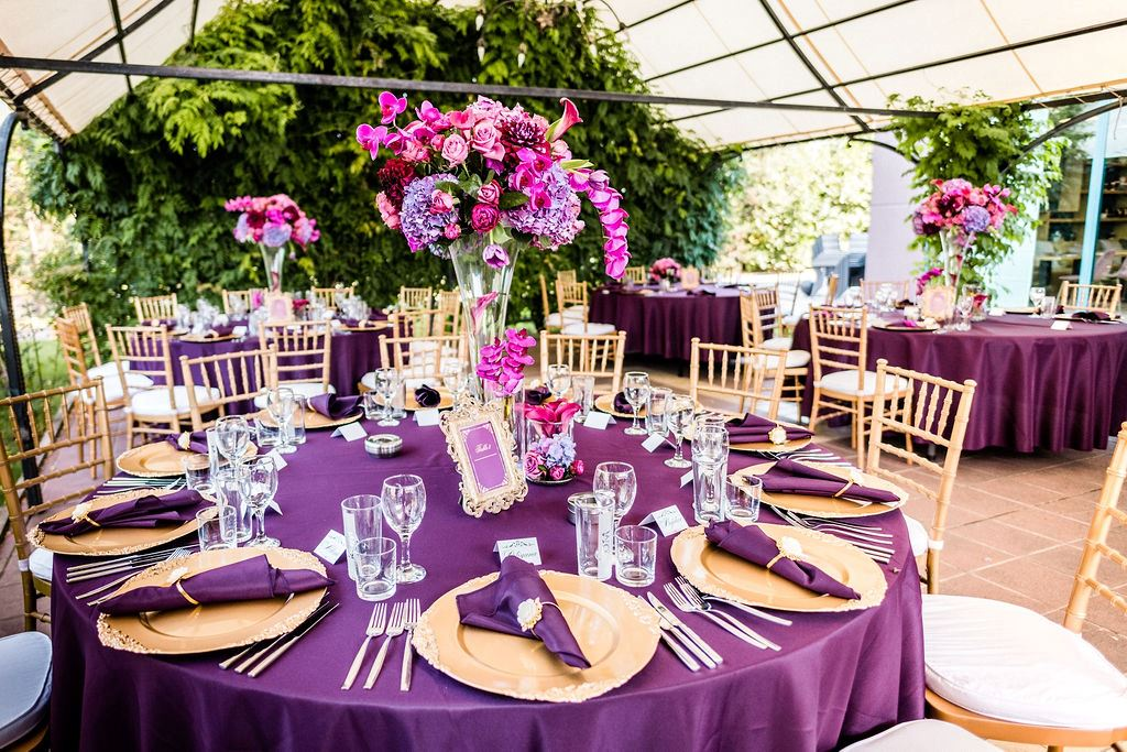сватбена-украса-лилаво